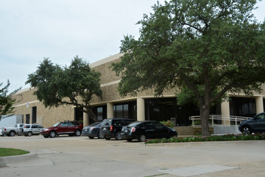 1800 Diplomat Drive, Farmers Branch, TX